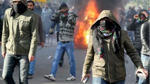 Kämpfende kurdische Jugend