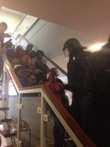Aufgeben ist keine Option: Treppenhaus-besetzung von Refugees